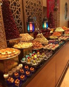 buffet dessert Iftar elle a 40 ans