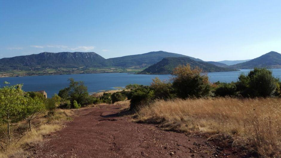 Mon lac du Salagou Elle a 40 ans