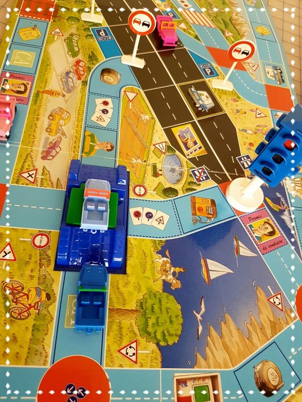 les joies des vacances en famille par ellea40ans et le jeu de société autoroute