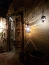 Les portes d'Oman par elle a 40 ans